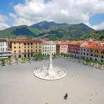 Piazza degli Aranci - geflammter Bodenbelag