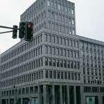 """Friedrichstrasse 118 - fourniture de dalles brutes pour revêtement façade polie en """"Pietra Serena Extra Dura del Bucine®"""""""