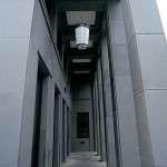 """Friedrichstrasse 118 – rivestimento della facciata levigata in """"Pietra Serena Extra Dura del Bucine®"""""""