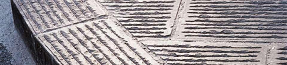Varie finiture della pietra serena